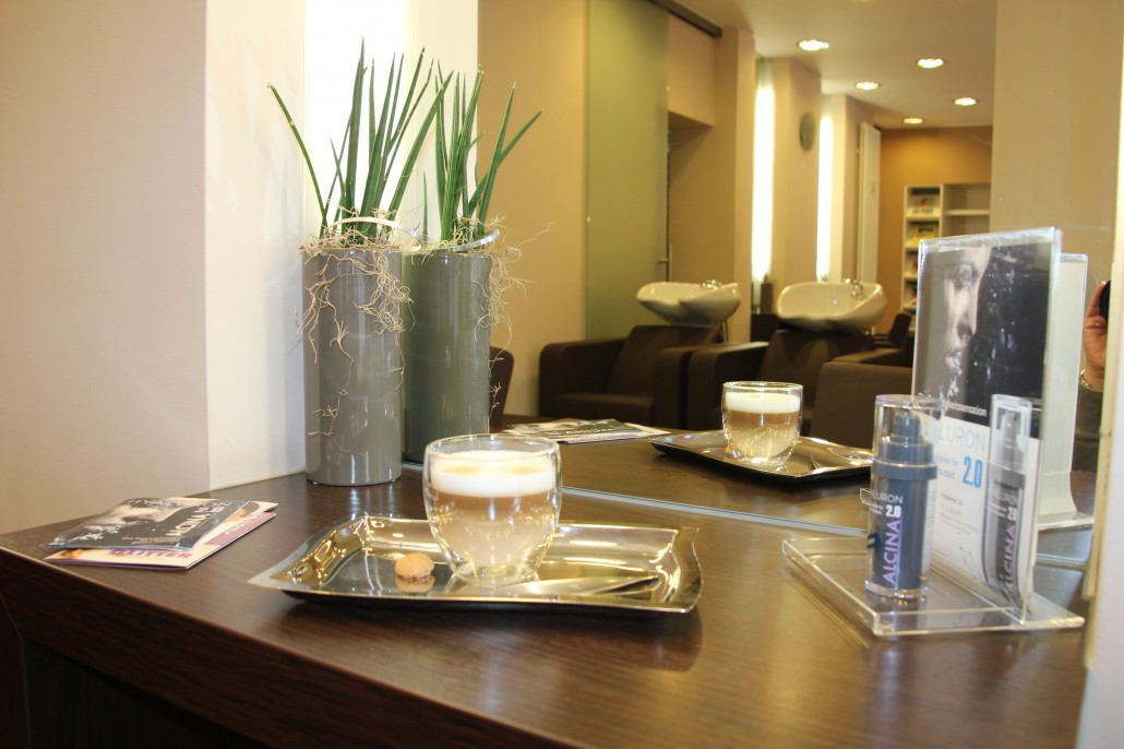 Unser Salon – Friseurstudio H-Room17